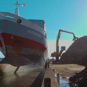 Riwald Recycling transportboot metaal HMS 1/2 HMS 1 en HMS 2