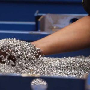 Riwald Recycling recyclingsbedrijf die hightech en circulair recyclet met pure grondstoffen, ferrous en non-ferrous, als output