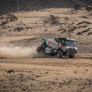 dakar race truck rally hybride